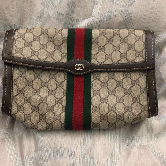 9a84c901e4d Gucci Handbags - Authentic Gucci toiletry bag clutch